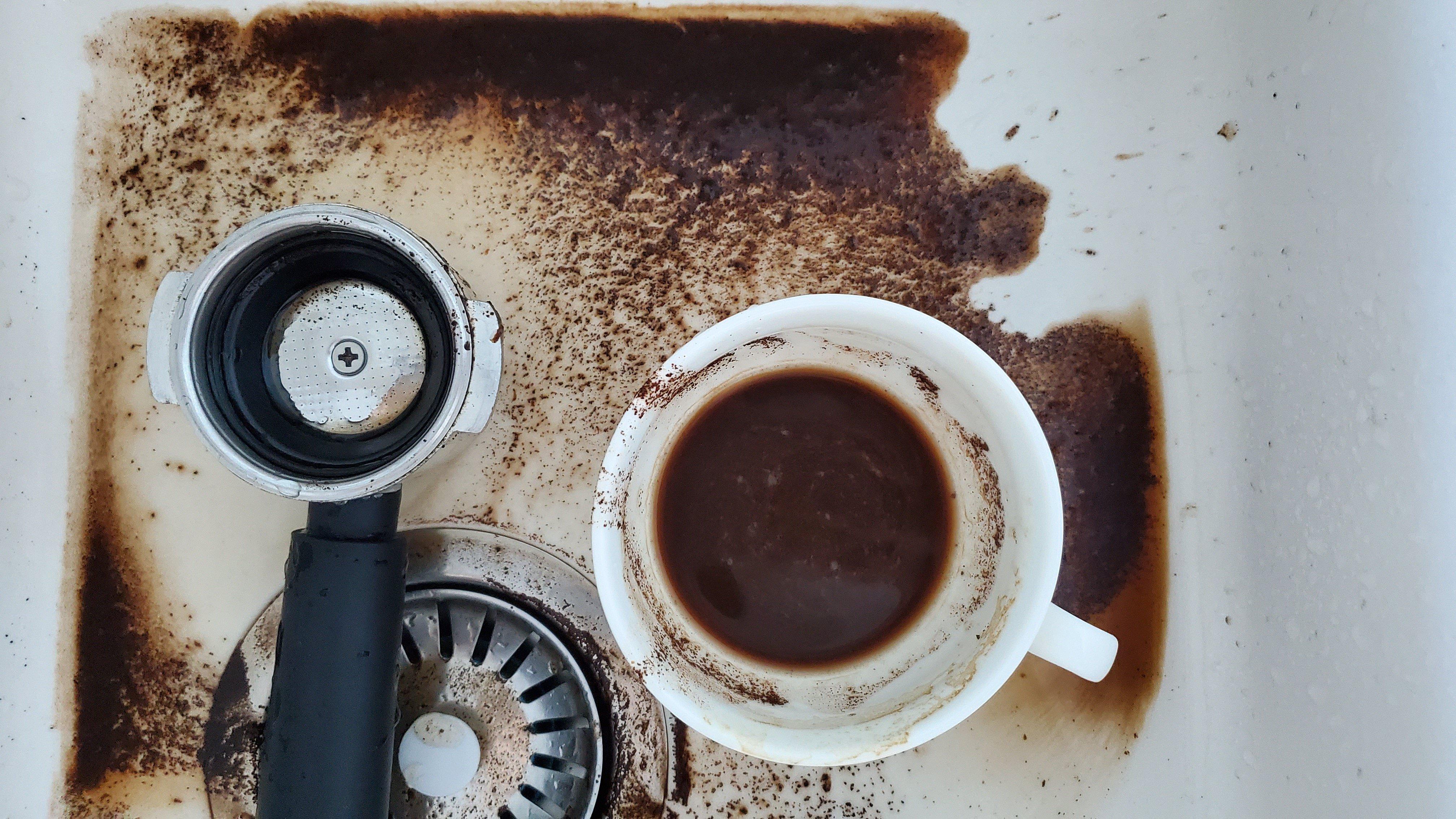 rens av kaffemaskin